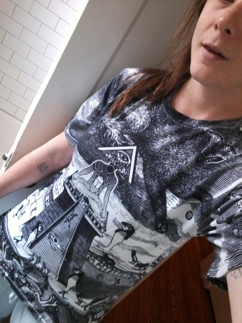 Me wearing the Grande Temple Tshirt from RageOn in XS
